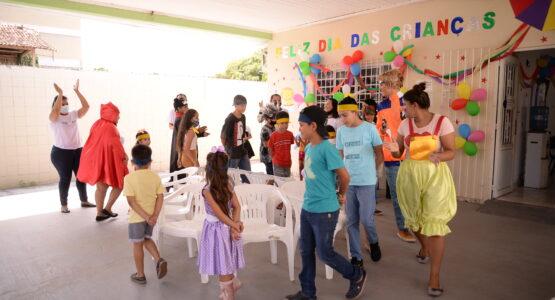 Programação reúne crianças com brincadeiras e distribuição de brindes no Cras Felicidade