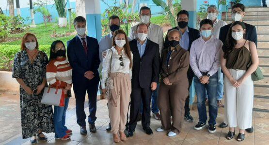 Prefeito de Macapá visita as instalações da Associação de Proteção e Assistência aos Condenados em Minas Gerais